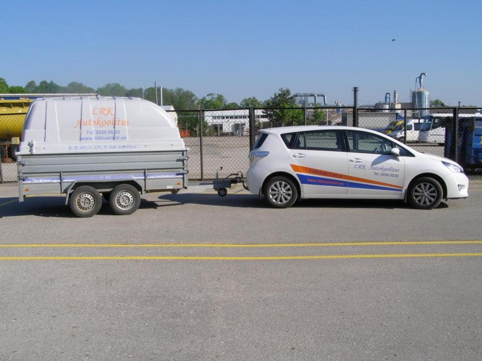 LRK Autokoolitus Õppesõiduk