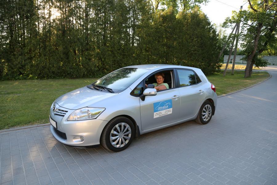 Divesar Autokool Учебное транспортное средство