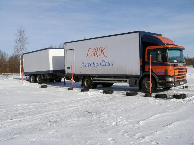 LRK Autokoolitus CE-kategooria